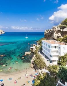 Hoteles familiares en primera línea de playa
