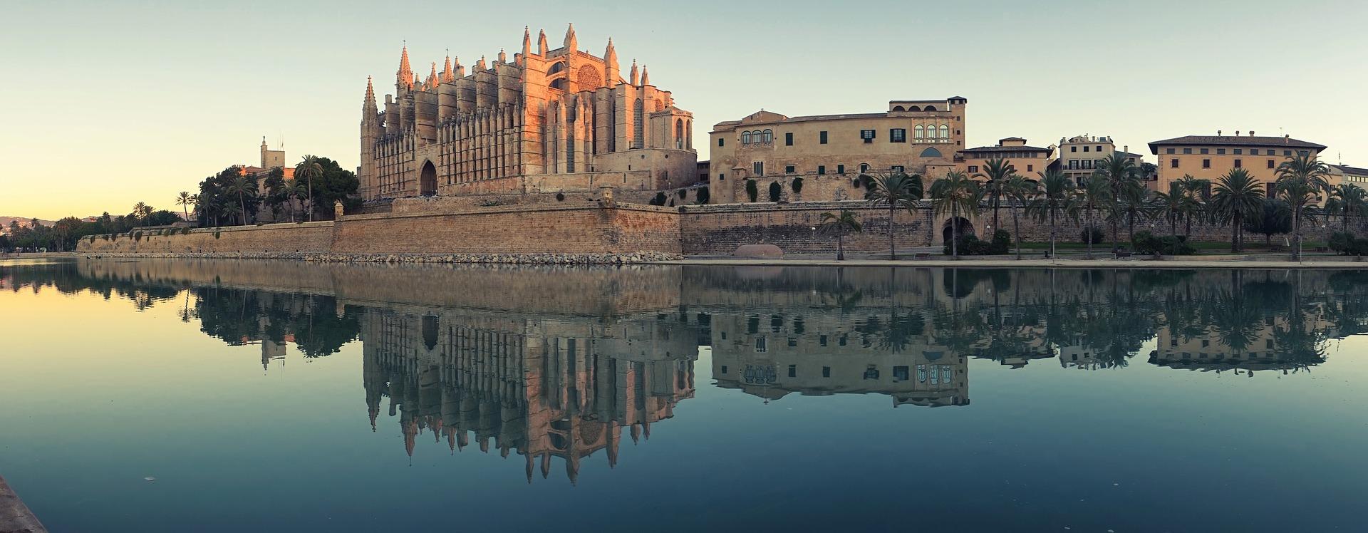Visita a la catedral de Palma