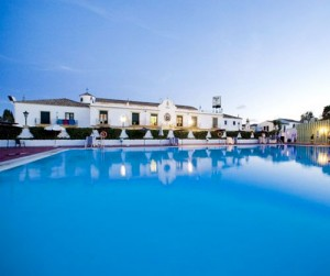 san pedro de alcantara hotel globales pueblo andaluz