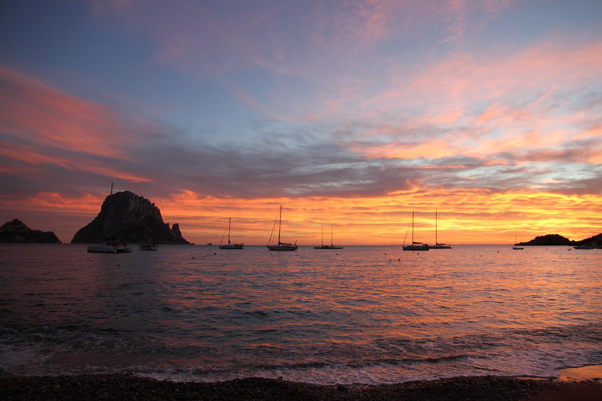 Es Vedrá Ibiza. Leyendas y curiosidades